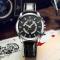 #528 Dekorativ armbåndsur med sort hus, skive og rem - med datovisning