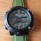 #296 Lækkert militære ur med digital display ur - sort hus og army´grøn rem ** har fejl i glas