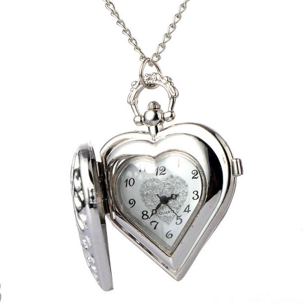 #246 Flot lille hjerteformet  lommeur (rustfrit stål)