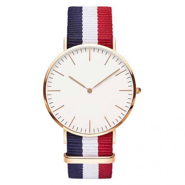 #395 Tyndt armbåndsur, med blå, hvid og rød canvas rem og hvid urskive.