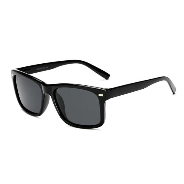 #S25 Sort solbrille med polaroid-glas