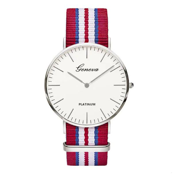 #177 Tyndt armbåndsur, med blå, hvid og rød canvas rem, gyldent hus og hvid urskive.