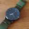 #137 Army ur med sort urskive og army grøn NATO  rem